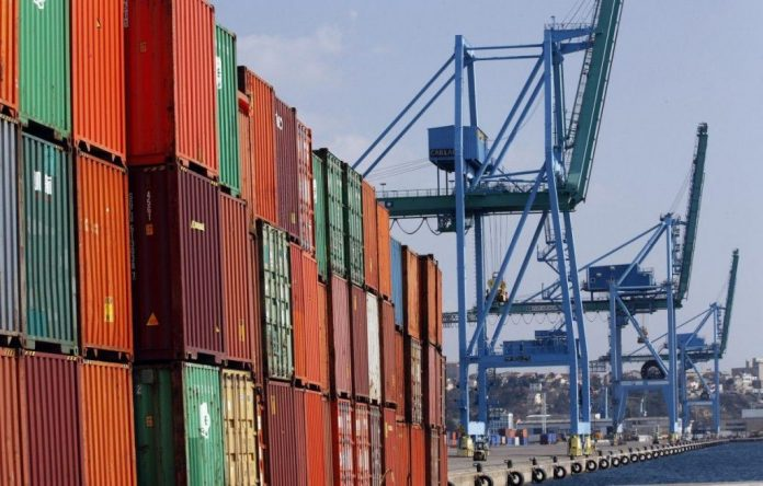 US import prices rise for third month