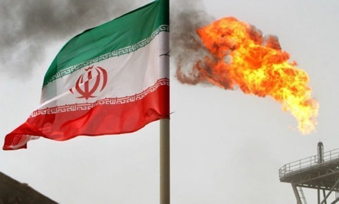 Oil prices soar by about 3 pct as US plans end to Iran sanction waivers
