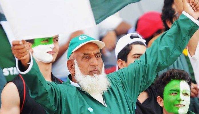 Chacha Cricket leaves for England for World Cup