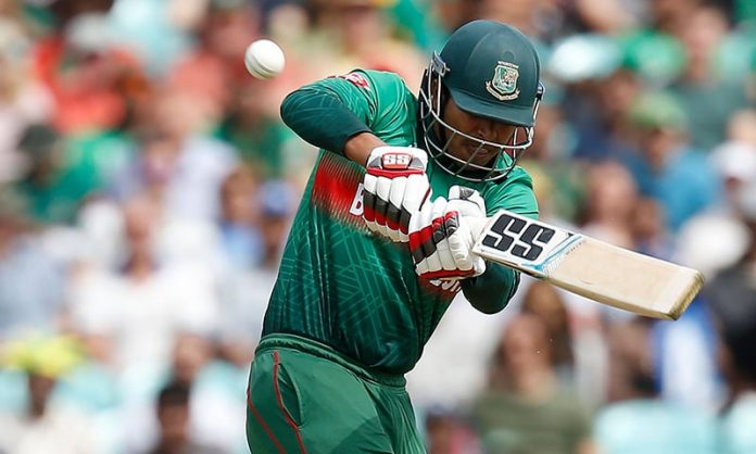 Bangladesh 190-2 after 30 overs in World Cup clash against South Africa